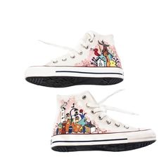 Custom Kicks. So, very cool. Talented artist, George Lin, created these customised sneakers for commission. What kid wouldn't want a pair! We can see many of our plain coloured laces in these sneakers to compliment the colours in the artwork. Love your work George!