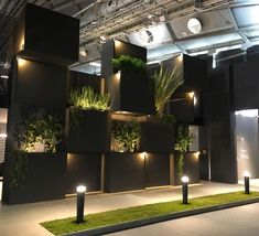 Light + Building 2016 closed last Friday in Frankfurt. With over 216000 visitors it is still one of the most important events in the lighting world. Showroom Interior Design, Tile Showroom, Lighting Showroom, Lighting Store, Backyard Lighting, Outdoor Lighting, Electrical Stores, Light Building, Booth Design