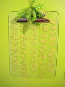 DIY cute altered clipboards; personalize them, give as a gift, decorate your home with function! Tutorial with pics