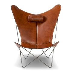 leather butterfly chair with attached neck pillow Vintage Chairs, Vintage Furniture, Home Furniture, Furniture Design, Modern Furniture, Leather Butterfly Chair, Rocking Chair Nursery, Cheap Office Chairs, Modernisme