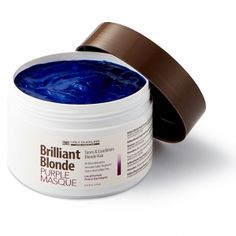 Brilliant Blonde - The Ultimate Lift for Dark Bases Pearl Blonde, Silver Blonde, Ash Blonde Hair, Hair No More, Hair Color Formulas, Transition To Gray Hair, Long Hair Tips, Purple Shampoo, Protective Hairstyles