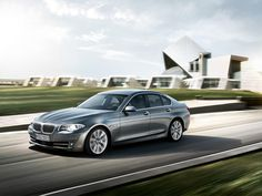 An executive sedan for the driver in charge. The BMW 5 Series Sedan variants – and plug-in hybrid – are sure to captivate with their performance, technology, and design. Bmw Suv, Bmw 520d, Bmw Cars, New Bmw 3 Series, Cars Series, Alpha Cars, Bmw Car Models, Tuning Bmw, Carros Bmw
