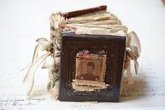 Just before I went on hoildays back to Melbourne I made this little mini book for my dear friend Jen for her birthday. I am so glad she. Handmade Journals, Handmade Books, Altered Books, Altered Art, Art Journal Inspiration, Journal Ideas, Creative Inspiration, Halloween Books, Book Binding