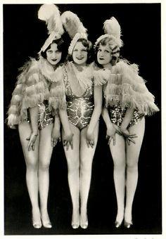 Les trois soeurs de Gle   Flickr - Photo Sharing!