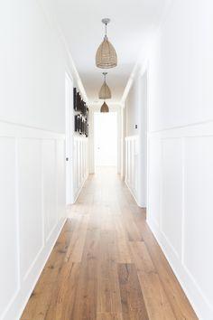 Foyer design, house design, long hallway, home remodeling, hallway inspirat Upstairs Hallway, Entry Hallway, Hallway Ideas Entrance Narrow, Entryway Ideas, Entryway Decor, Narrow Hallway Decorating, White Hallway, White Walls, Flur Design