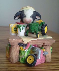 Mary's Moo Moo Figurine John Deere Herd at Work Making a Merry Christmas: John Deere Decor, Cow Ornaments, Cow Parade, Cow Decor, Cows, Clay Art, Gifts For Mom, Dog Cat, Kittens