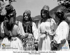 Folk Costume, Costumes, Bucharest Romania, Folklore, Old Photos, Album, Black And White, Nice Ideas, Young Women