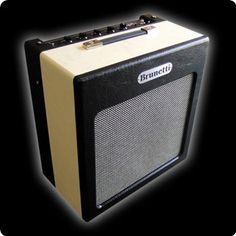 SingleMan combo This product arises from the particular need of each guitar player to have a low power amp of great quality, easy to use, versatile and adaptable to a wide range of live or Bass Amps, Vintage Guitars, Cool Tones, Marshall Speaker, Circuits, Cool Stuff, Range, Live, Easy