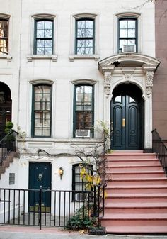 Breakfast at Tiffany's townhouse