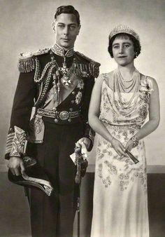 En 1936, Rayne a eu l'Honneur d'être Mandaté comme Chausseur, par la Reine Mary…