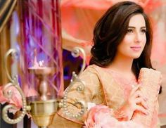Ushna shah Ushna Shah, Indian Star, Celebs, Celebrities, Dimples, All About Fashion, Pakistani, Glamour, Actresses