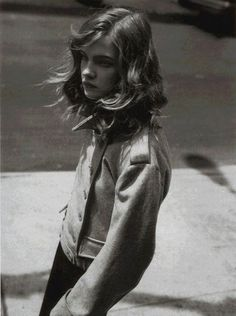 Natalia Vodianova in Mademoiselle aime les classiques story