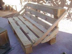 simple pallet projects | this is a simple pallet bench project i wanted to share with everyone ...