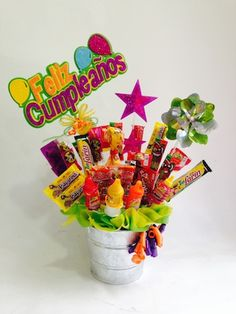 canasta con botanas - Buscar con Google Happy Birthday Gifts, 15th Birthday, Thank You Gifts, Love Gifts, Sweet Trees, Donia, Chocolate Bouquet, Candy Bouquet, Diy Gifts For Boyfriend