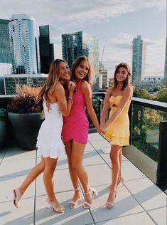 Hoco Dresses, Dance Dresses, Homecoming Dresses, Party Dresses, Cute Friend Pictures, Best Friend Pictures, Cute Preppy Outfits, Homecoming Pictures, Friend Poses