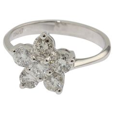 Beautiful ladies 18ct white gold cluster diamond dress ring #graysonline #auction #diamond #ring