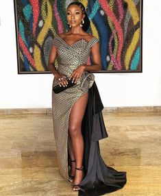 You can see all the celebrity dresses and fashion as the attendees arrive at the AMVCA 2018 red carpet, which was held at the Eko Hotel and Suites. Celebrity Red Carpet, Celebrity Dresses, Celebrity Style, African Wear, African Fashion, African Style, Elegant Dresses, Nice Dresses, Dinner Dresses