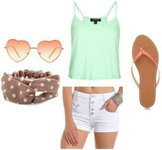 White shorts outfit 3