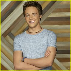 new-bunkd-all-about-xander-promo-pics.jpg (300×300)