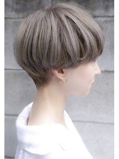 30 Very Short Haircuts You Have to See in 2019 - Style My Hairs Very Short Haircuts, Short Hairstyles For Women, Hairstyles With Bangs, Short Hair Tomboy, Girl Short Hair, Pelo Ulzzang, Short Hair Designs, Tomboy Hairstyles, Hair Powder