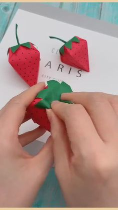 Arts And Crafts For Kids Easy, Hand Crafts For Kids, Easy Crafts, Easy Diy, Kids Room Paint, Art Drawings For Kids, Origami Art, Craft Work, Cool Diy