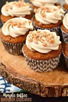 Pumpkin Cupcakes with Cream Cheese Frosting - Shugary Sweets Mini Desserts, Small Desserts, Winter Desserts, Apple Desserts, Holiday Desserts, Best Dessert Recipes, Cupcake Recipes, Delicious Desserts, Bakery Recipes
