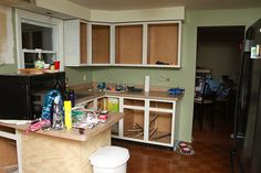 Kitchen Reno: The Grass is Greener Kitchen Paint, Kitchen Reno, Kitchen Ideas, Paint Pallets, Sherwin William Paint, Pallet Painting, Clary Sage, Home Reno, Kitchen Colors