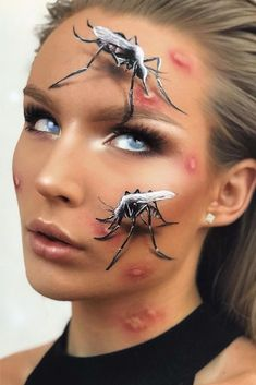Mosquito Makeup Scary Halloween makeup for women and for girls is popular today. Pick creepy ideas: skeleton bloody clown horror doll zombie vampire or witch. Beautiful Halloween Makeup, Pretty Halloween, Halloween Makeup Looks, Gorgeous Makeup, Scary Halloween, Halloween Costumes, Helloween Make Up, Halloween Parejas, People With Glasses