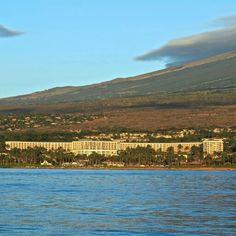 "See 1057 photos and 124 tips from 5925 visitors to Waldorf Astoria Resort Grand Wailea. ""The Grand Wailea is perfect- full stop. Wailea Resort, Resort Spa, Waldorf Astoria, Maui Hawaii, Mountains, Nature, Travel, Naturaleza, Viajes"