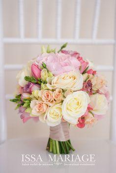 buchete de mireasa superbe valcea Flower Bouquet Wedding, Wedding Nails, Wedding Ideas, Weddings, Bride, Wedding Dresses, Diy, Wedding Planning, Engagement