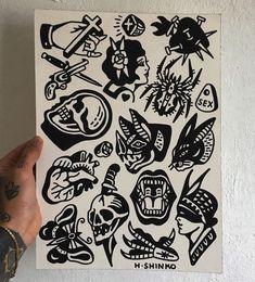 Tattoo Old School schwarzer Tinte tat 24 + Ideen - Whitney Tattoos Lindas, Tattoo Cover Up, Geometric Tatto, Initial Tattoo, Arm Tats, Old School Tattoo Designs, Traditional Tattoo Flash, Tattoo Portfolio, Tattoo Flash Art