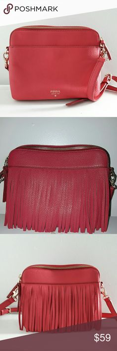 Fossil Sydney Fringe crossbody bag. Like new! Beautiful leather bag in pink! Fossil Bags