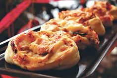 pizzatarisznya Cheesesteak, Mashed Potatoes, Pie, Ethnic Recipes, Desserts, Food, Whipped Potatoes, Torte, Tailgate Desserts