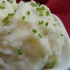 "Sour Cream and Chive Mashed Potatoes | ""Very creamy and smooth, loved the chives, and sour cream!"""
