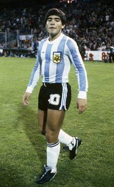 Football Stickers, Football Cards, Football Soccer, Diego Armando, Legends Football, Football Players, Cool Style, Vintage, Fashion
