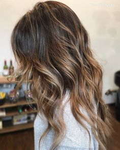 Colormelt by our stylist Amy @dickeystyles. To book your appointment call or text 619-274-3919 😘 #lajollalocals #sandiegoconnection #sdlocals - posted by La Jolla Salon  https://www.instagram.com/demarchesalon. See more post on La Jolla at http://LaJollaLocals.com