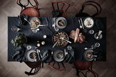 Weekend Dinner Inspiration Dinner table with Thonet chairs styled by Lotta Agaton Scandinavian Style, White Table Settings, Setting Table, Place Settings, Dark Food Photography, Photography Lighting, Lifestyle Photography, Thanksgiving Tablescapes, Living At Home