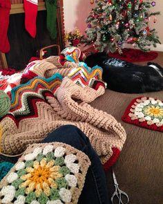Working on a Christmas blanket...for next year. :) #crochetaddict #crochetersofinstagram #crochetlove #christmas #crochetblanket #handmadehome