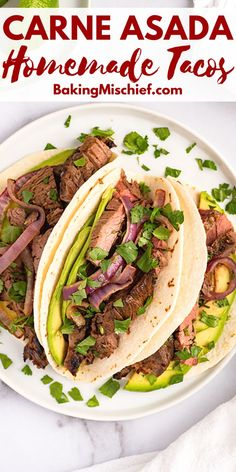 Easy Carne Asada Tacos made with the BEST carne asada marinade. Perfect for quick weeknight dinners. Recipes Using Pork, Beef Recipes For Dinner, Beef Roll Ups, Carne Asada Marinade, Asada Tacos, Ground Beef Casserole, Beef Tips, Quick Weeknight Dinners, Incredible Recipes