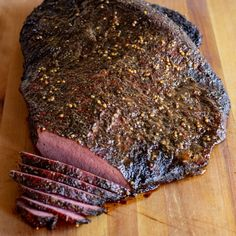 A step by step guide to make delicious smoked corned beef brisket Low and slow is the way to go for this traditional St. Grilled Corned Beef, Smoked Corned Beef Brisket, Corn Beef Brisket Recipe, Corned Beef Recipes, Smoked Meat Recipes, Smoked Pork, Brisket Meat, Spinach Recipes, Cucina