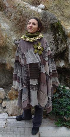 Poncho patchwork long marron beige à capuche pour femme