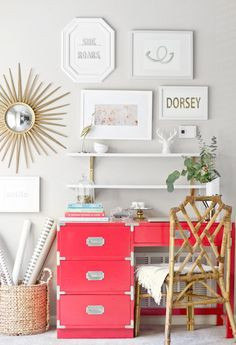 How cute is this home office? Love the bright colored desk to have a pop of color in an all white room! The gallery wall is also such a cute idea for a home office! Perfect for office inspiration! Home Office Space, Home Office Decor, Diy Home Decor, Room Decor, Office Nook, Office Workspace, Office Spaces, Wall Decor, Campaign Desk