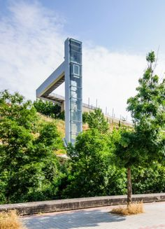 Urban Elevator in Echavaoiz  / Ah Asociados