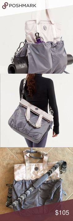 84ce6bdf12 Lululemon bliss bag In excellent condition. Used once. lululemon athletica  Bags Crossbody Bags Yoga