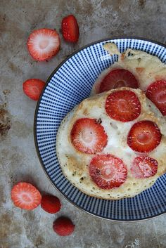 Coconut Strawberry Pancakes | gluten free