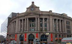 Estación sur de Autobuses y Metro en Boston
