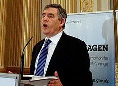 Premiê socialista britânico Gordon Brown: