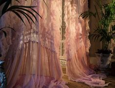 Detail of faded pink House Gown @serasestra