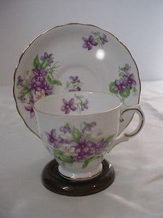 Tuscan England Bone China Purple Violets  Floral Cup & Saucer Set