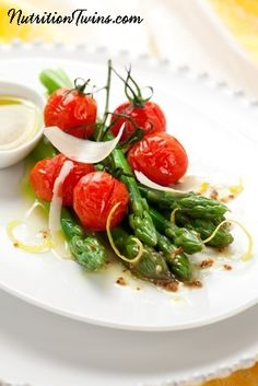 Tangy Asparagus and Tomato Salad